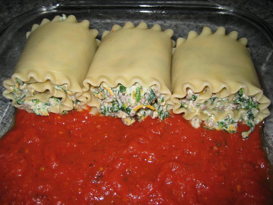 Stuffed Lasagna Rolls (2/4)