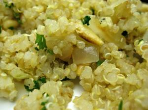 Lemon Quinoa Pilaf (www.espinosakitchen.wordpress.com)