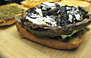 Portobello Mushroom Burgers (Espinosa Kitchen)