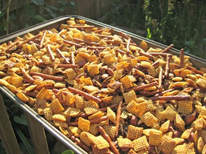 Gluten-Free Chex Snack Mix (Espinosa Kitchen)